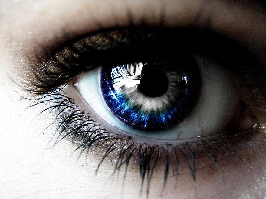 Eye The Host Version By LeShary On DeviantArt
