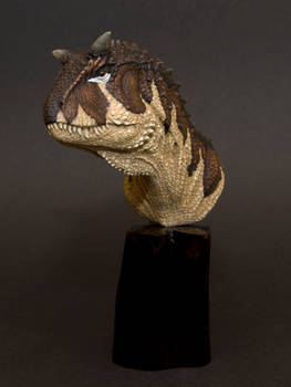 Carnotaurusen Camilla 096