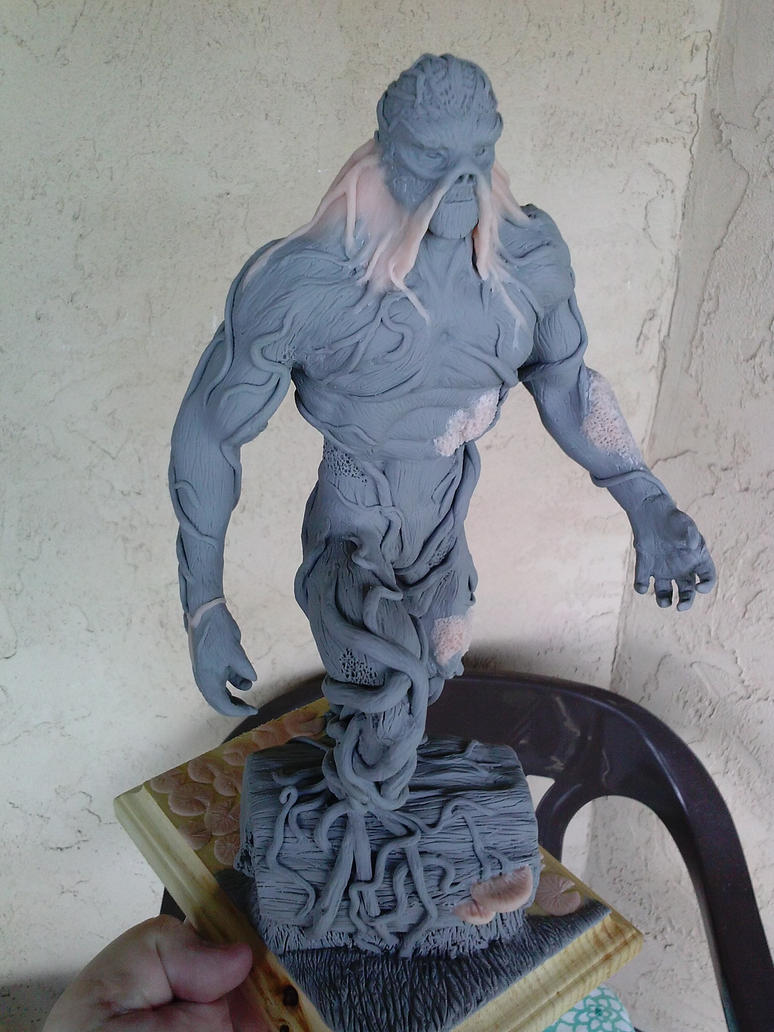 swamp thing sculpt by JFKART