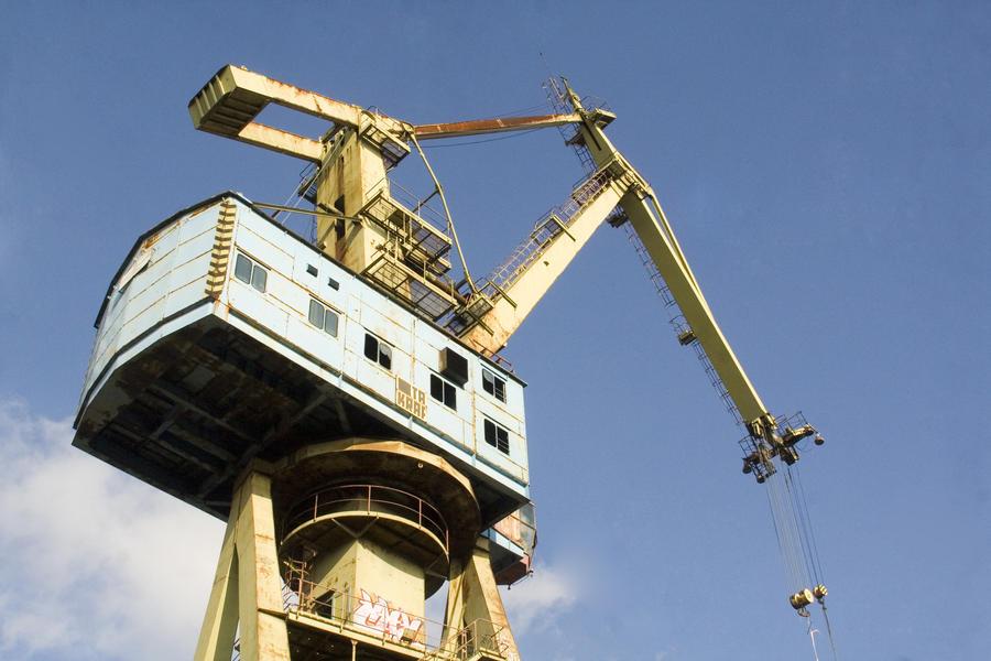 Large Crane 4644713