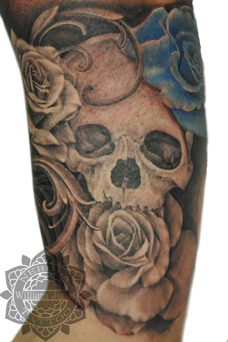 Rose And Skull Tattoo Art Pictures to Pin on Pinterest ...