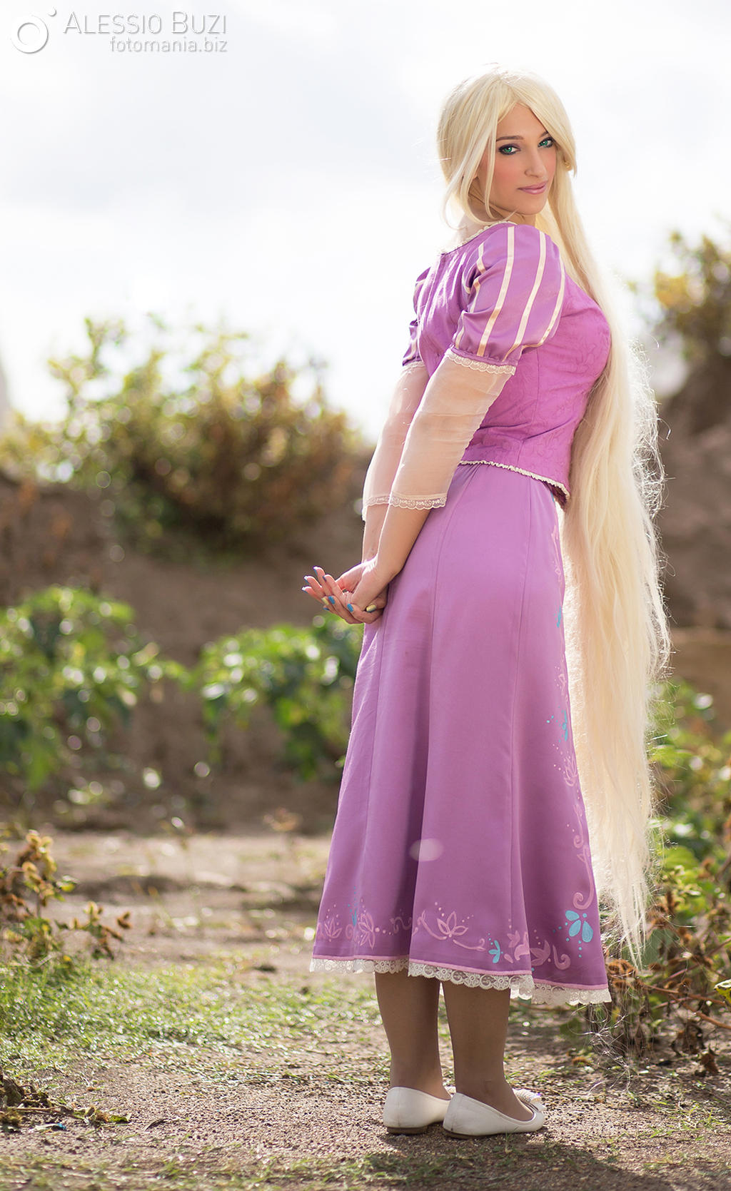 Rapunzel - Disney Princess cosplay by GiorgiaSanny on ...