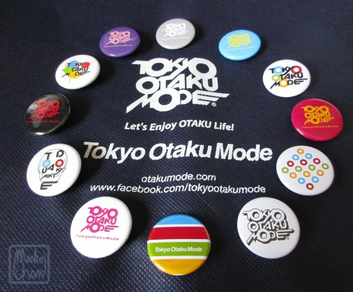 TOM Button Embellished Gift Bag by Meekochan
