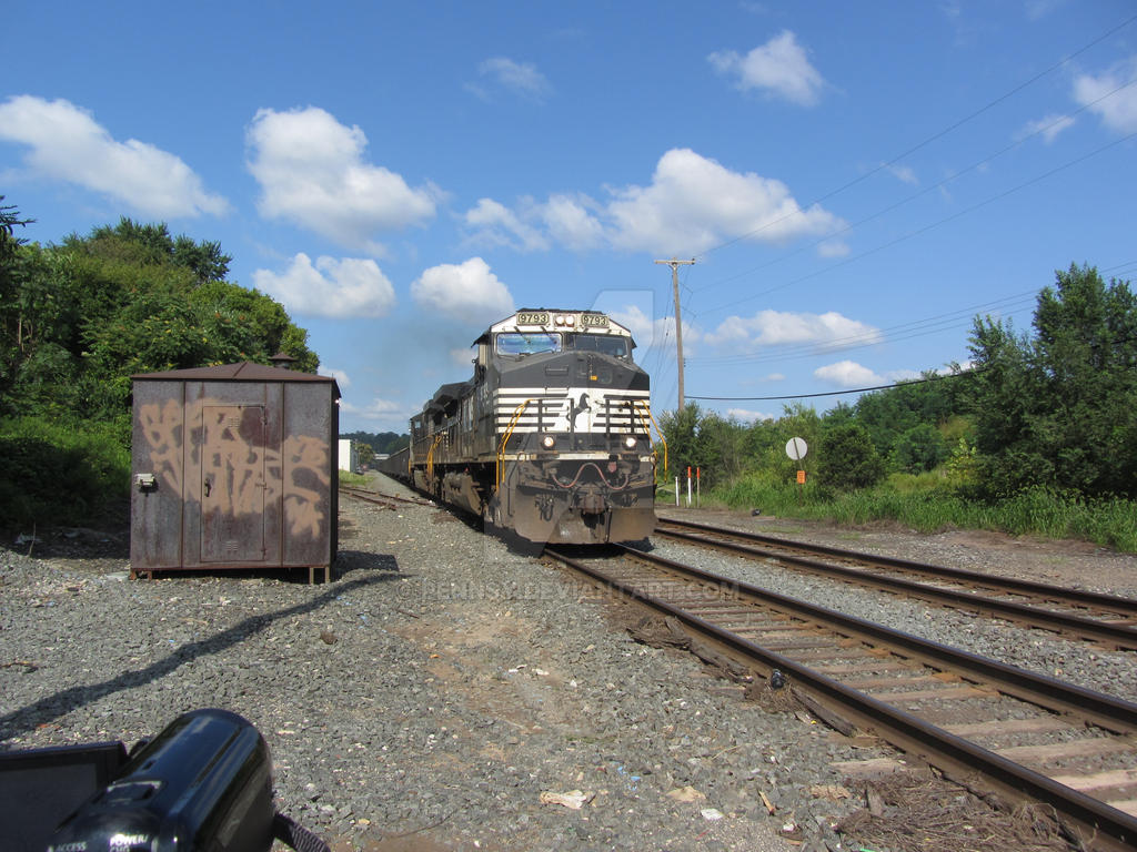 NS 61N at Bridgeport
