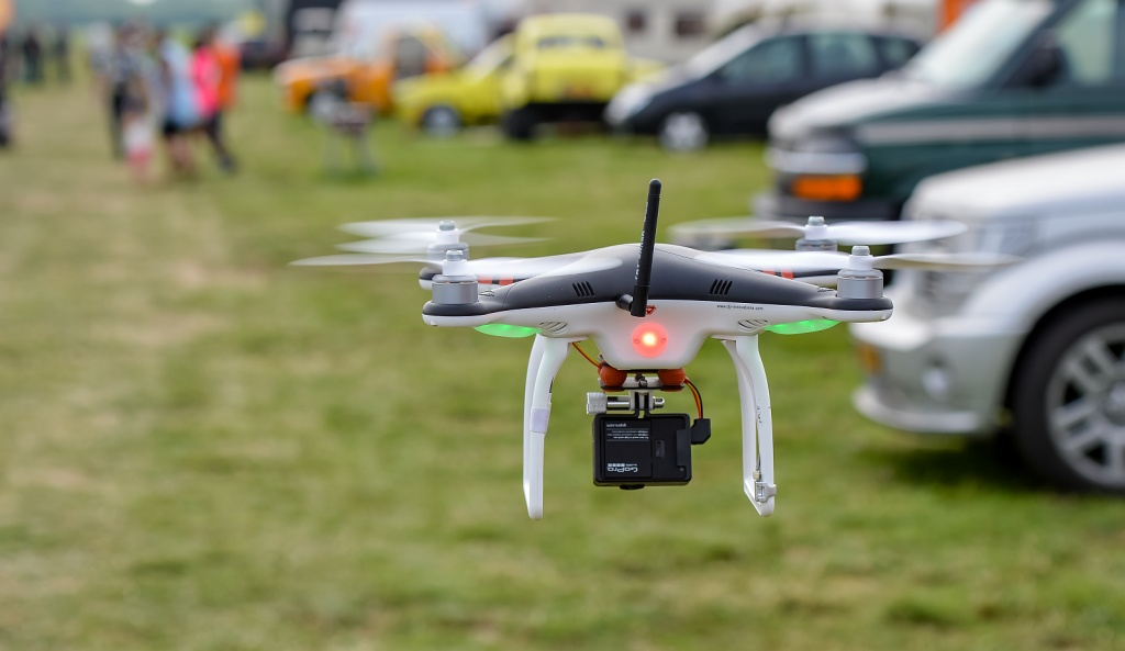 remote helicopter with camera with Rc Drone 388913608 on 5915029625 also 185ee8a55ba0315845eed3cc3aa214c8 further Drones Octa With Camera moreover Intel Drones For Sale furthermore 32263020103.