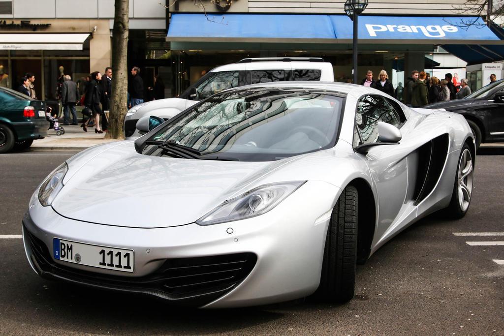 McLaren 12C by Budeltier