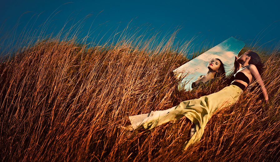 IN THE HIGH GRASS by simsalabima