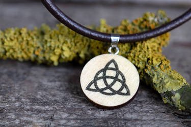 Triquetra necklace (Charmed) by mygeekymuse