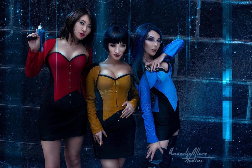 Star Trek corsets by StellaChuu