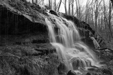 Waterfall Closeup BW by shadowsart