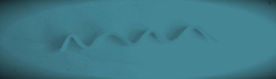 simplicity - ocean by MaggH