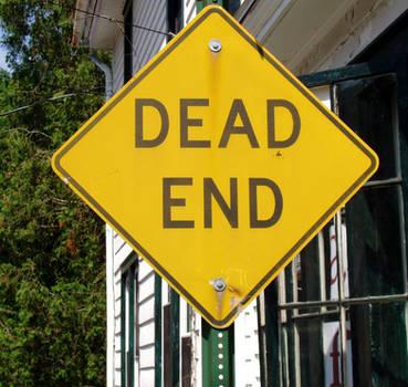 Dead End Sign by MystiriasMoon