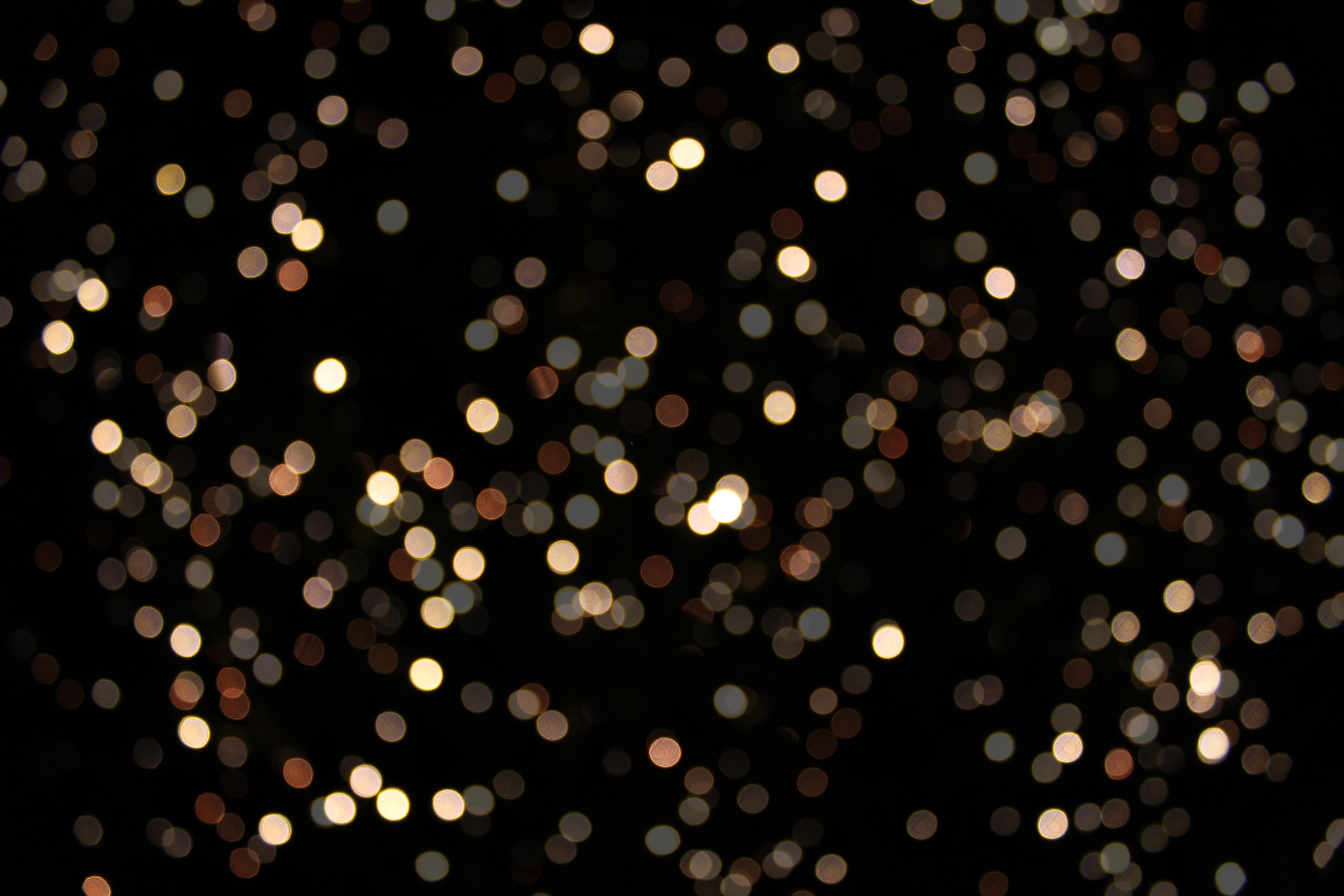 Bokeh - Golden Lights 5184 x 3456 Pixels