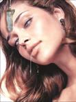 Ana Beatriz Barros hypnotized 01