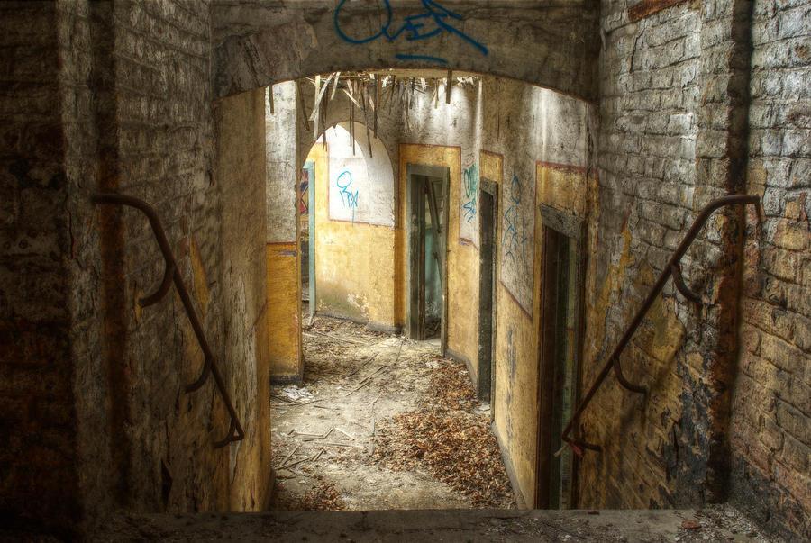 Fort de la Chartreuse 11 by yanshee