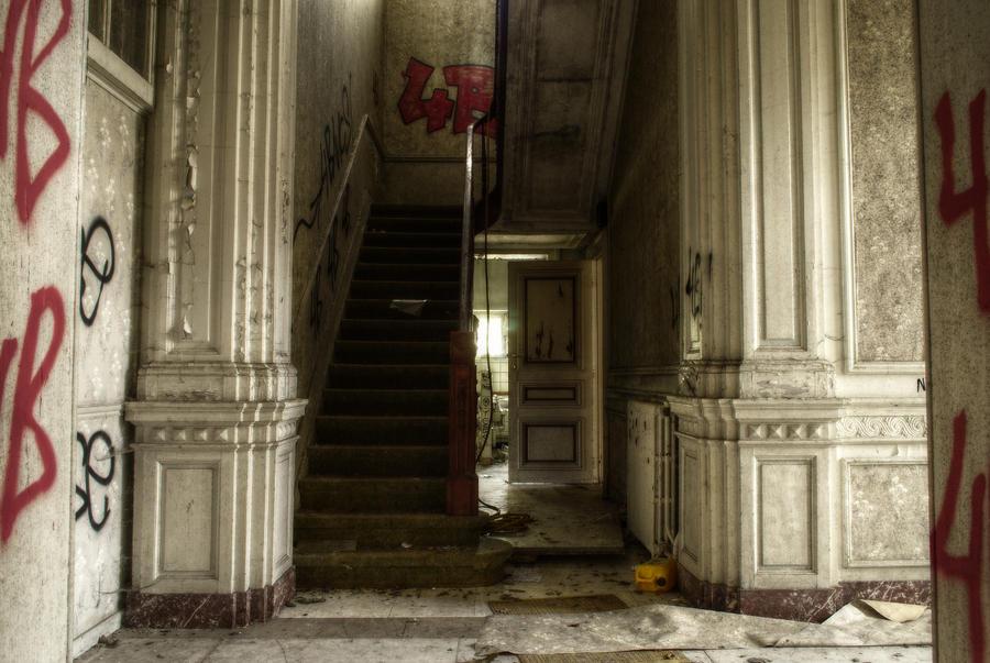 Villa Pesto 04 by yanshee