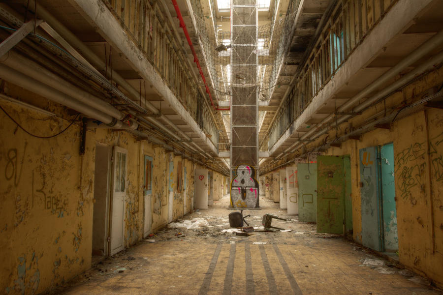 Prison 15H 75 by yanshee