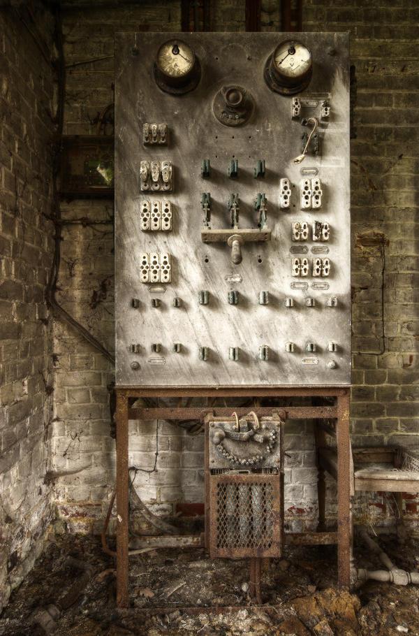Moulin W. 18 by yanshee