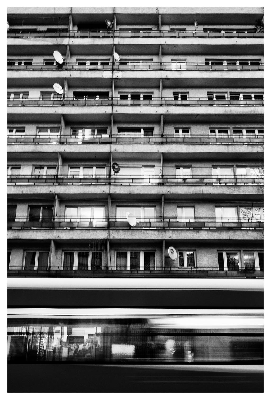 Tram by xbastex
