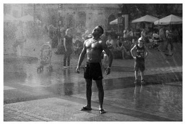 Fast shower II by xbastex