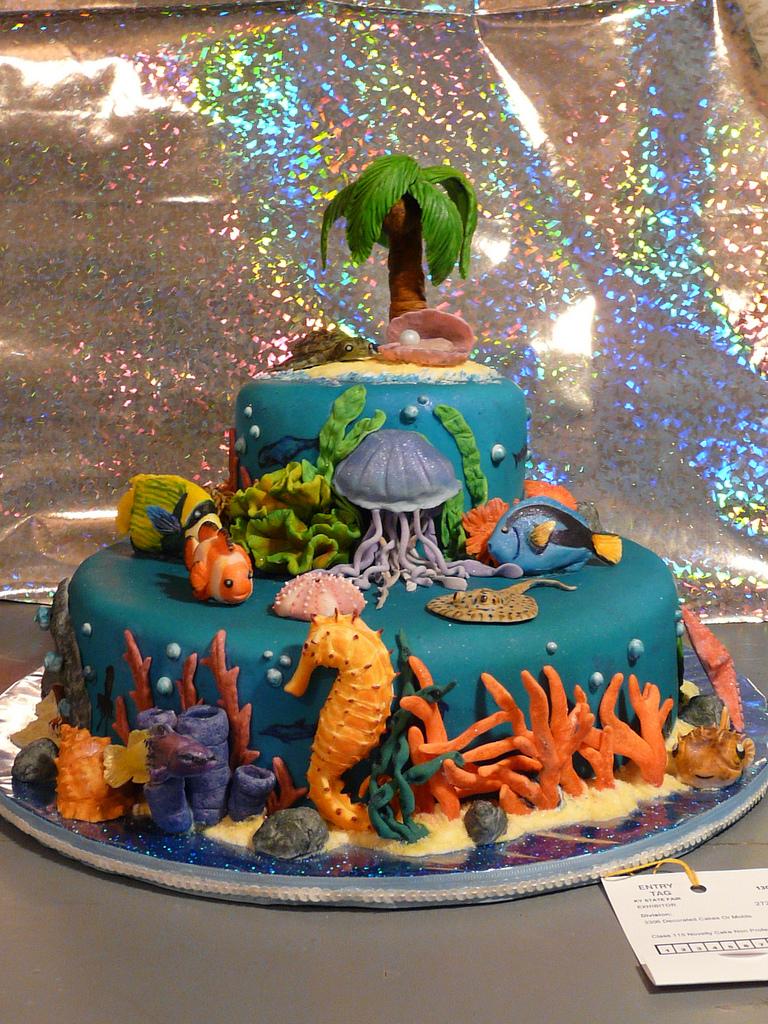 Underwater Cake - Front View by SlowMatsu