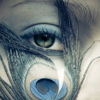Lashes by vampire-zombie