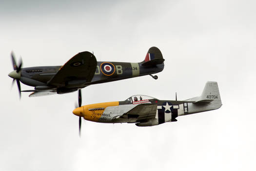 Classic Formation Flying