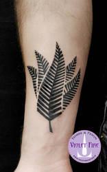 Little Maori leaf tattoo - Adam Raia