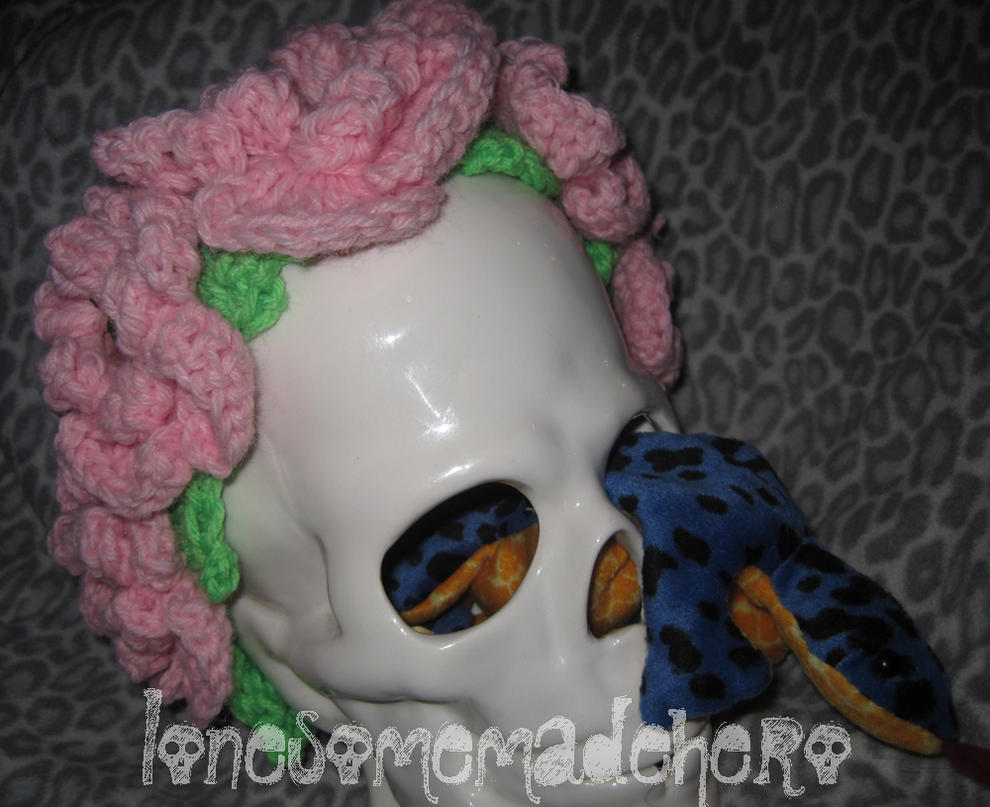 Floral Rose Skull Crocheted Crown Headband by Corset-Hoodies