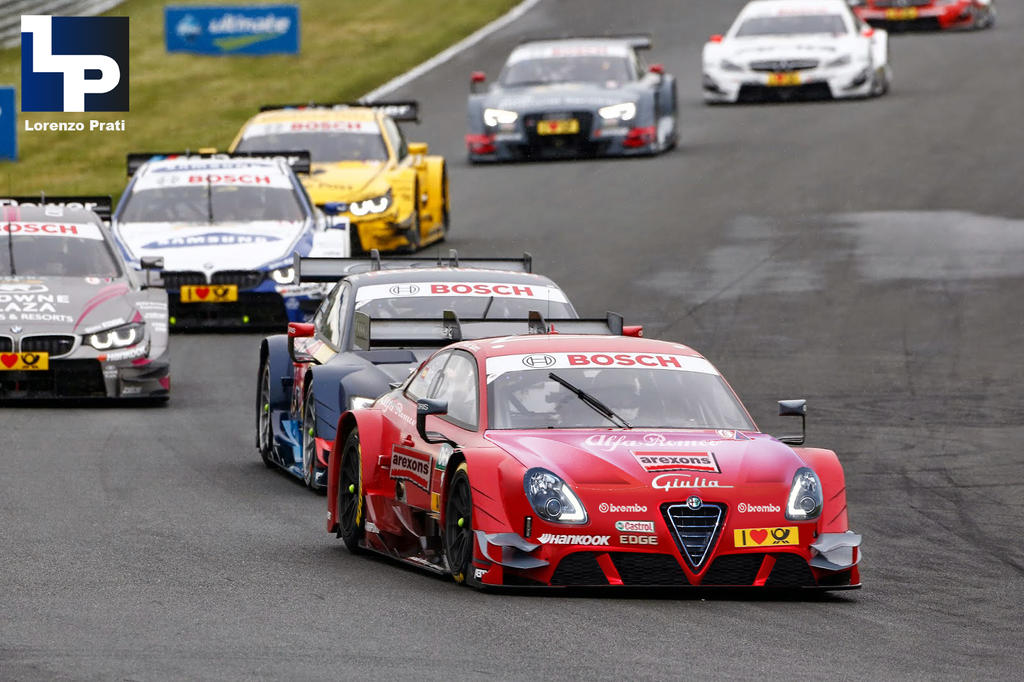 Alfa Romeo Giulia Race Car
