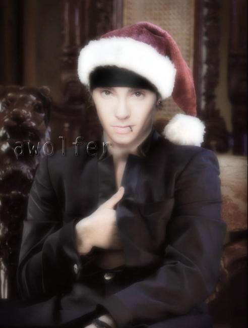 [Créations] Photos montages - Page 5 Santa_tom_2011_by_awolfer-d4i41tc
