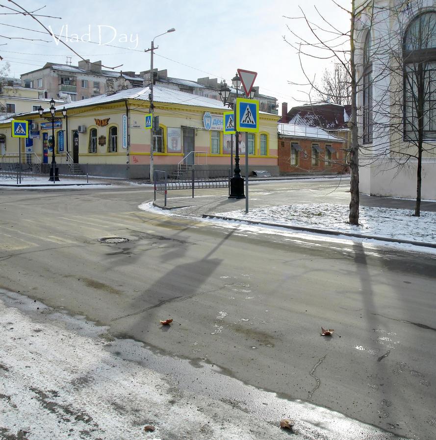 Gorky-Zhukovsky St. cross, Simferopol, 01.01.2016 by anyword