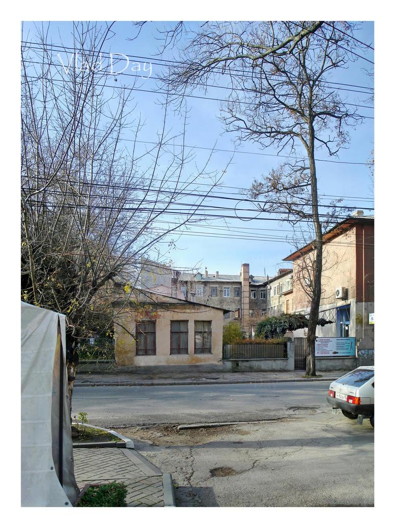 Rear side of Children's Hospital in Simferopol. by anyword