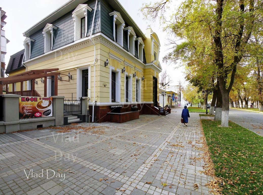 Cafe Shococo - 14 Gorki St, Simferopol. 3.11. 2013 by anyword