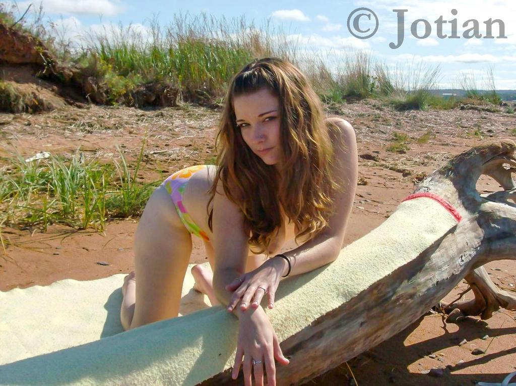 Dee - Beach Comber 006 by RevBurnsie-Redux