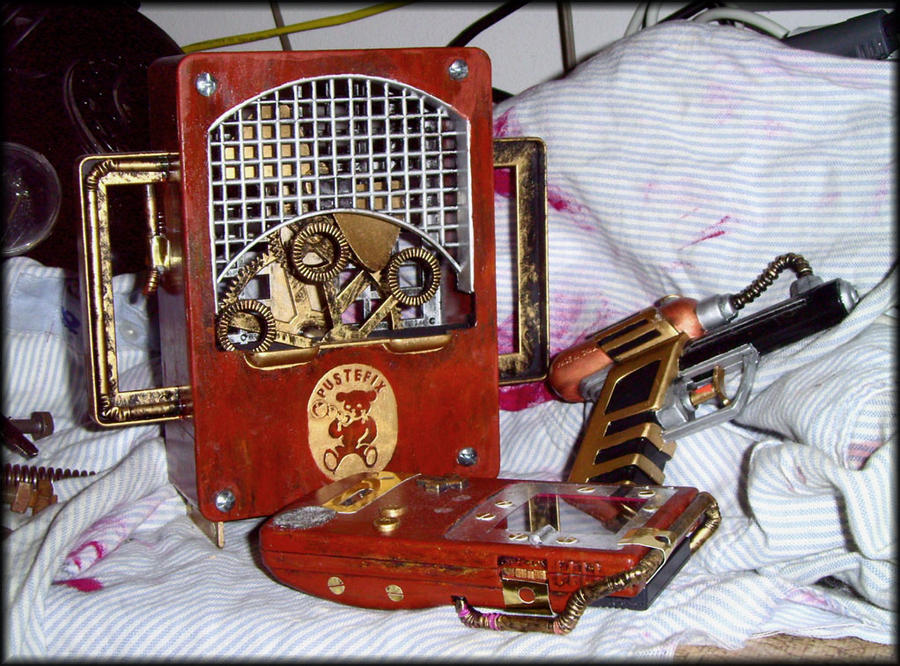 steampunk toys by Eirieniel