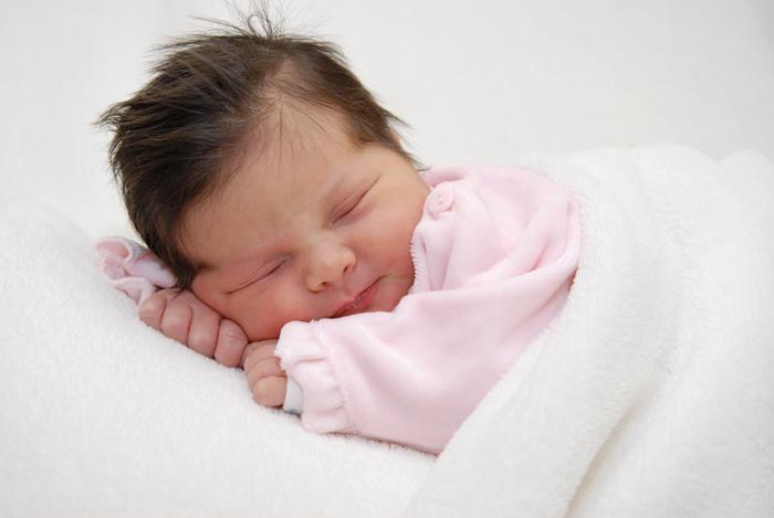 صورطفولة فى غاية الجمال والروعة Baby5_by_aazif