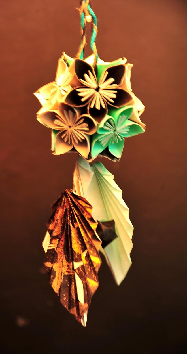 Origami:Kusudama by MimiMarilyn