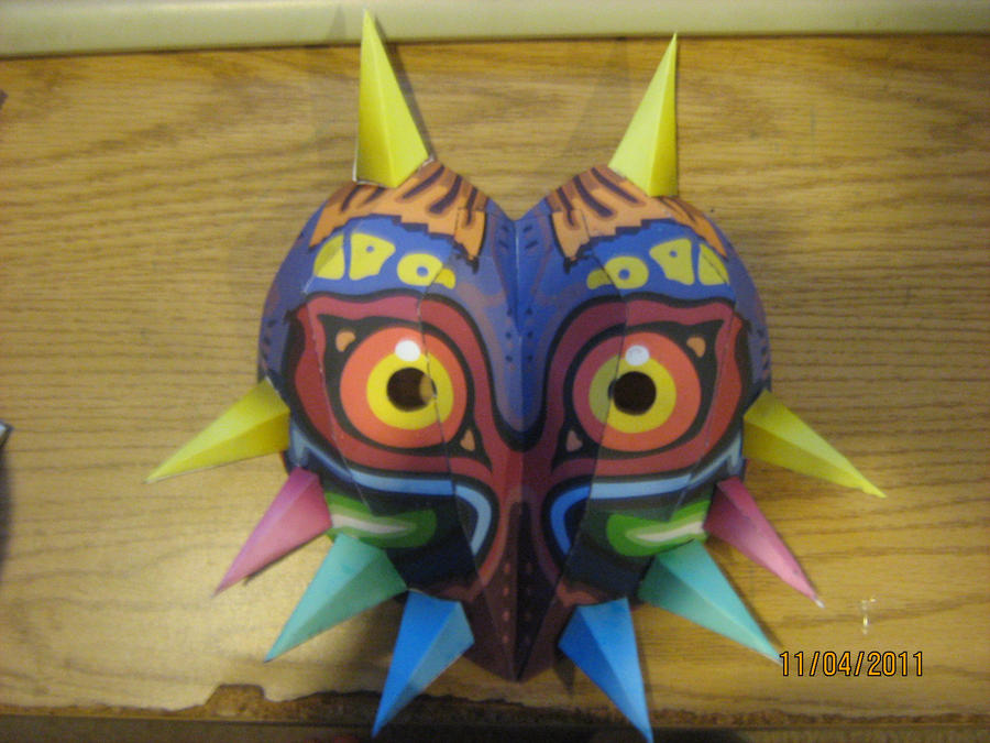 Majora's mask papercraft by NinjaKirby144