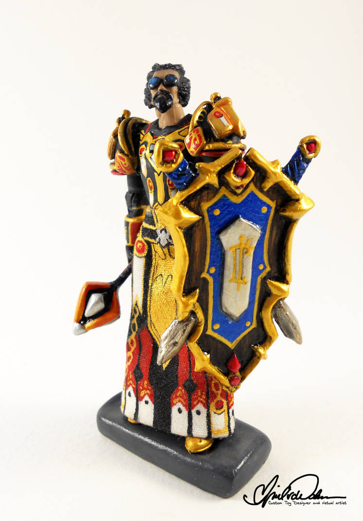 Rielus the Paladin custom WoW figure by thatg33kgirl