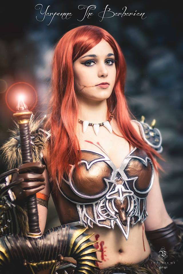 Female Barbarian Cosplay by yarpenna