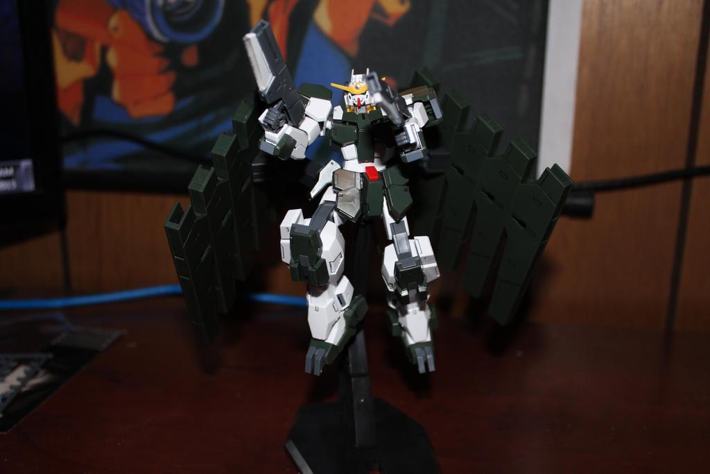 GN - 010 Zabanya Gundam by KhayosWeaver