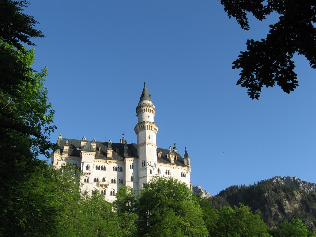 castle Neuschwanstein by DelphineHaniel