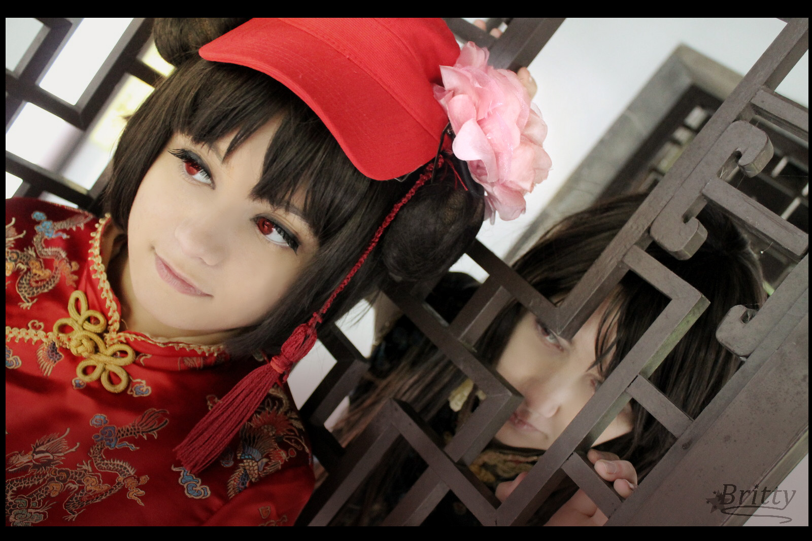 Nyotalia 2P China Hong Kong - Watching you by Nazu-chan