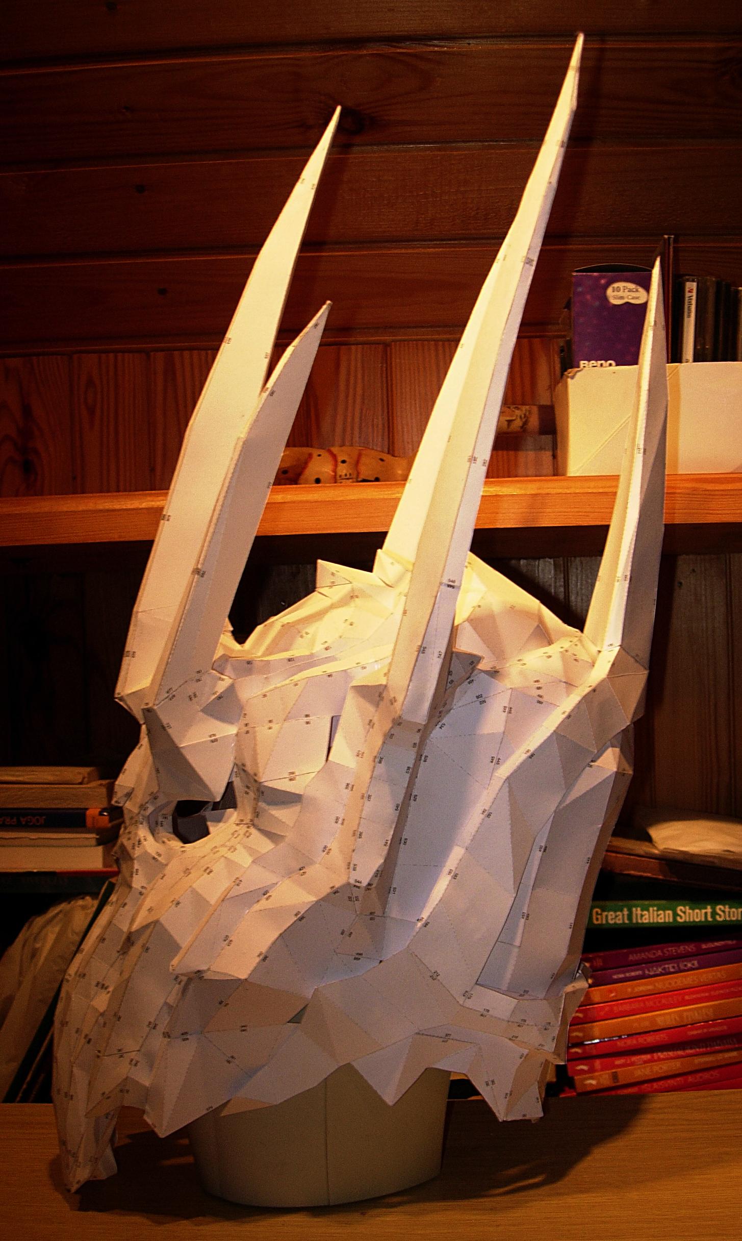 Sauron helmet pepakura model by CubicalMember on DeviantArt