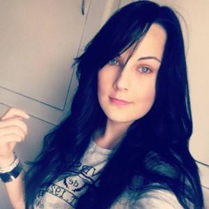 Nina-Serena's Profile Picture