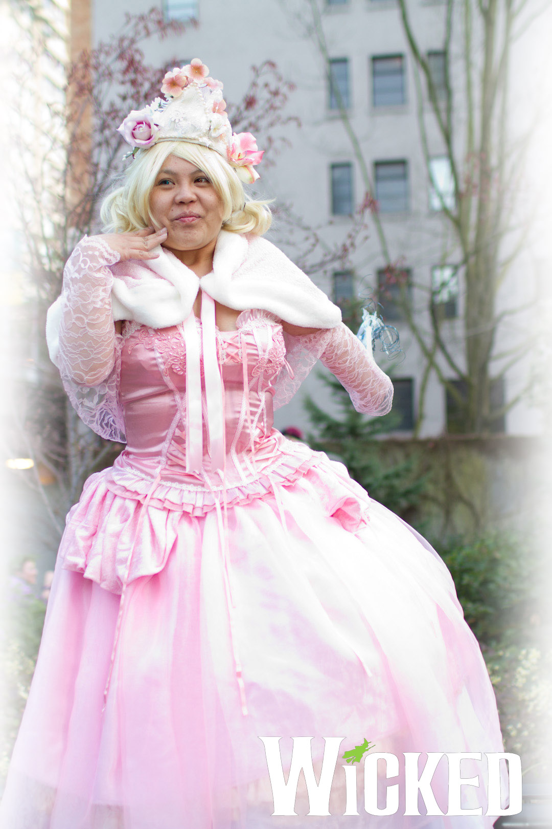 Glinda the Good Witch from Wicked by smallrinilady on DeviantArt