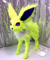 Jolteon Poseable Art Doll by UmbraTundra