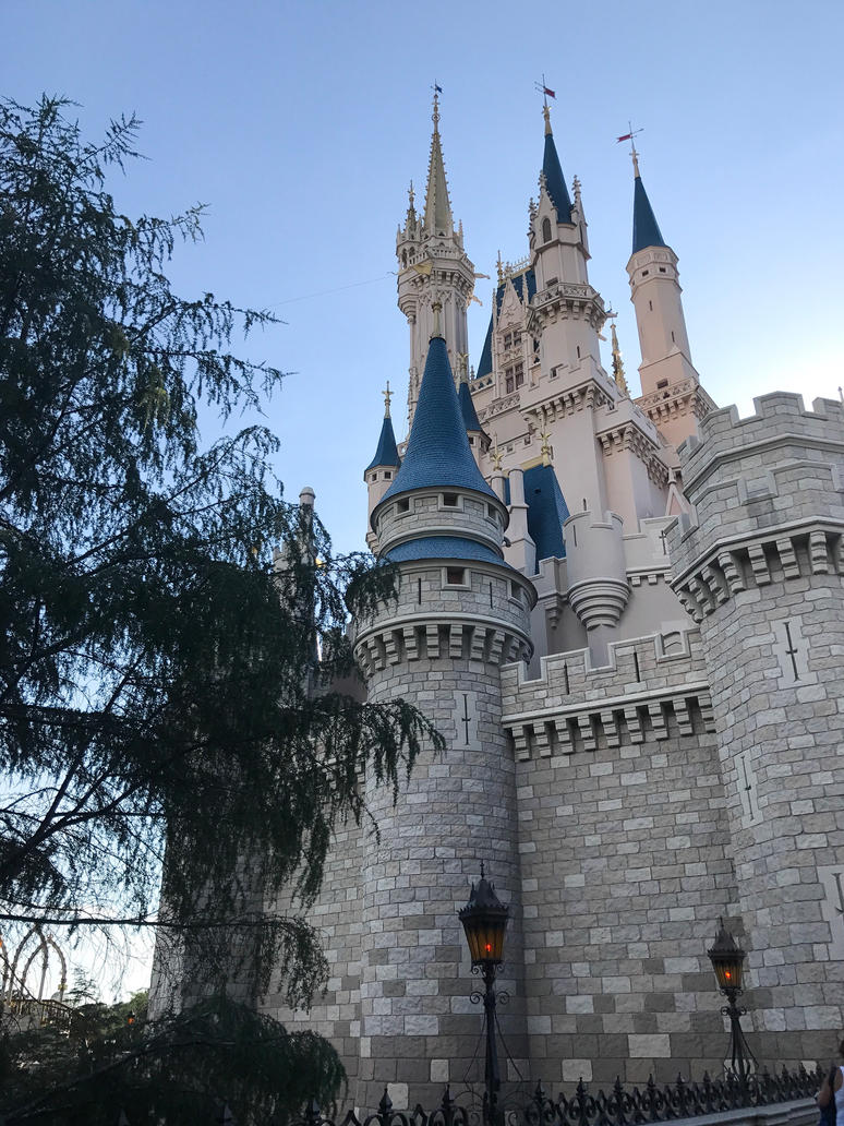Castle by riverflower92