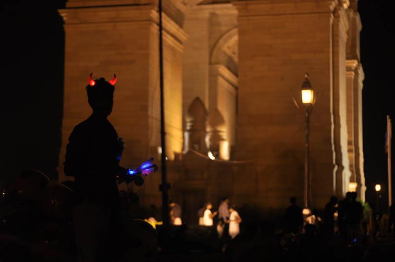 devil at the gate by sanpaiya